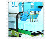 Stockpiling machine protecting products from scratch & dent.